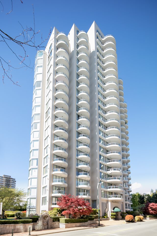 "Main Photo: 1104 719 PRINCESS Street in New Westminster: Uptown NW Condo for sale in ""STIRLING PLACE"" : MLS(r) # R2164165"