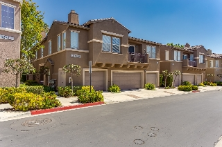 Main Photo: CHULA VISTA Condo for sale : 3 bedrooms : 1339 Caminito Capistrano #2