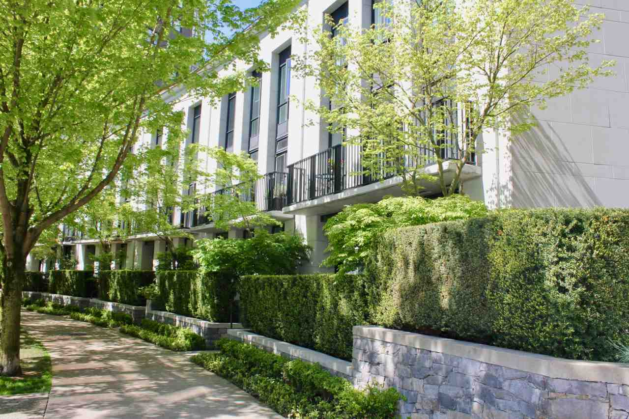 Main Photo: 503 BEACH CRESCENT in Vancouver: Yaletown Townhouse for sale (Vancouver West)