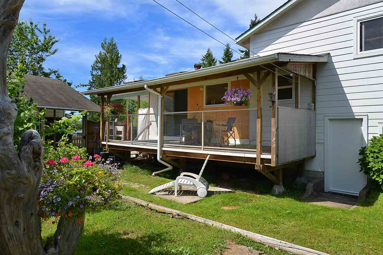 Photo 15: 594 SHAW Road in Gibsons: Gibsons & Area House for sale (Sunshine Coast)  : MLS® # R2182596