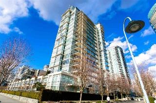 "Main Photo: 102 1515 HOMER Mews in Vancouver: Yaletown Townhouse for sale in ""Kings Landing"" (Vancouver West)  : MLS(r) # R2188568"