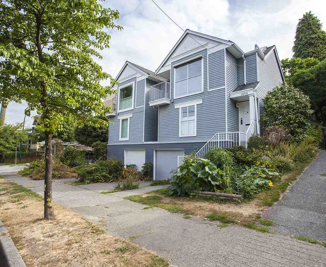 Main Photo: 1406 WOODLAND Drive in Vancouver: Grandview VE Townhouse for sale (Vancouver East)  : MLS® # R2198701