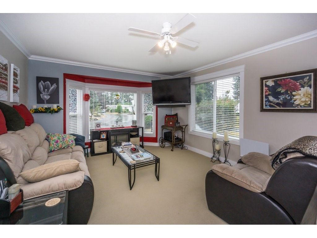 Photo 3: 67 31313 N LIVINGSTONE Avenue in Abbotsford: Abbotsford West Manufactured Home for sale : MLS® # R2199999