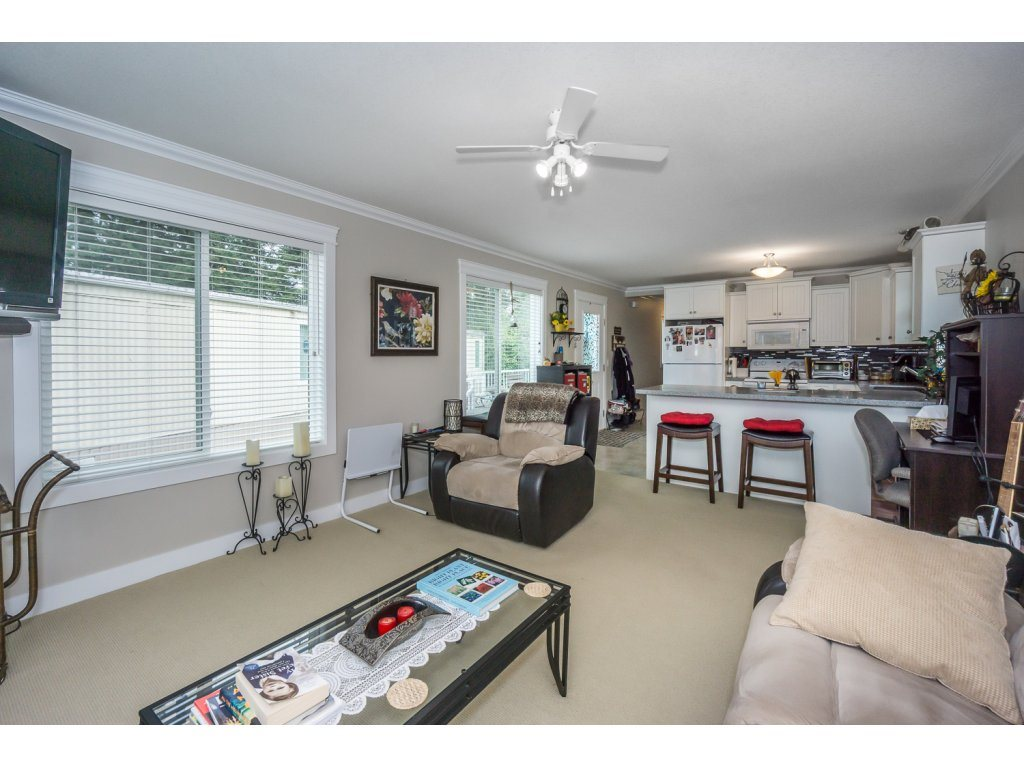Photo 5: 67 31313 N LIVINGSTONE Avenue in Abbotsford: Abbotsford West Manufactured Home for sale : MLS® # R2199999