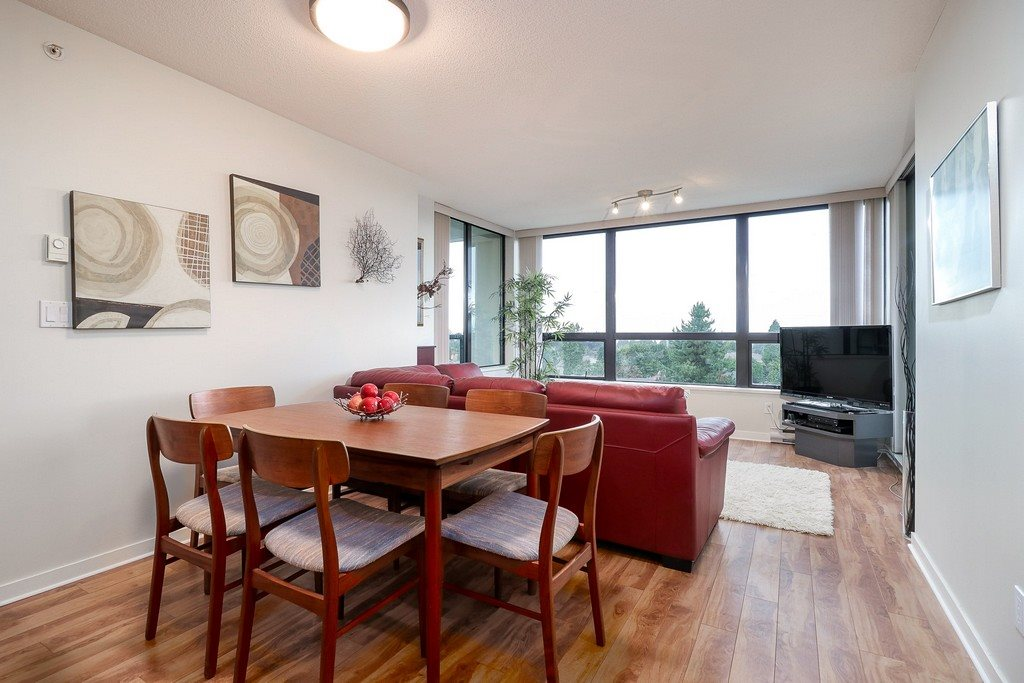 "Photo 7: 605 7108 COLLIER Street in Burnaby: Highgate Condo for sale in ""ARCADIA WEST"" (Burnaby South)  : MLS® # R2204751"