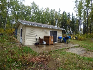 Main Photo: 60418 Rge Rd 62A: Rural Barrhead County Cottage for sale : MLS® # E4082648