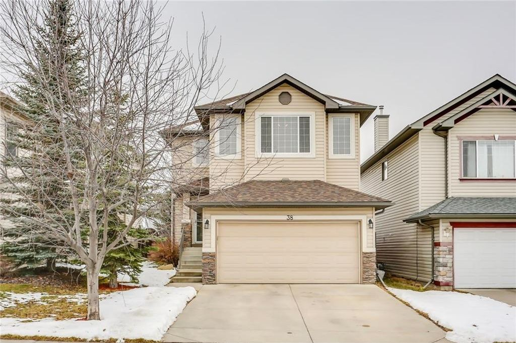 Main Photo: 38 SOMERSIDE Crescent SW in Calgary: Somerset House for sale : MLS® # C4142576