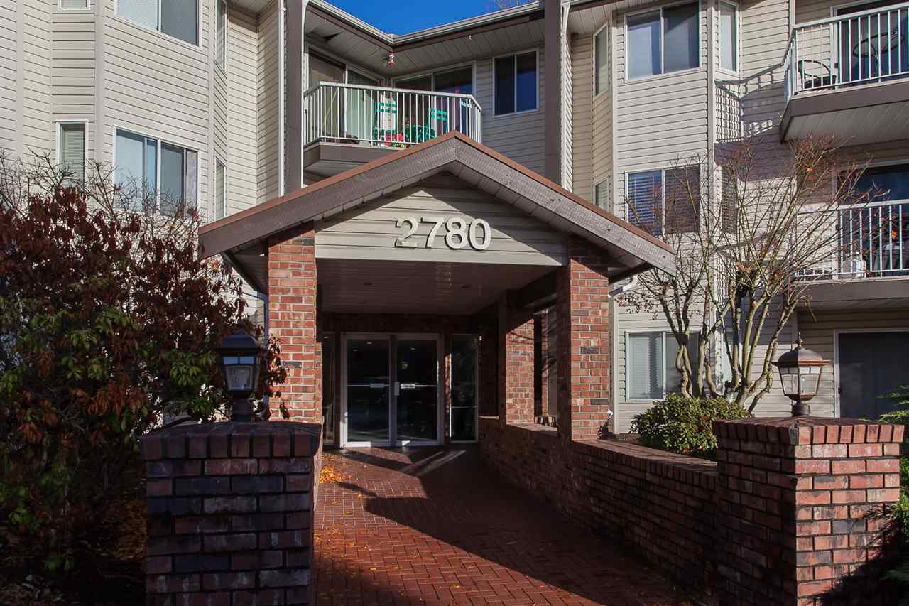 "Main Photo: 205 2780 WARE Street in Abbotsford: Central Abbotsford Condo for sale in ""Chelsea House"" : MLS®# R2224498"