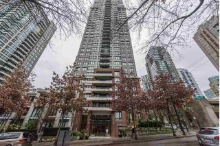 Main Photo: PH 3402 909 MAINLAND Street in Vancouver: Yaletown Condo for sale (Vancouver West)  : MLS® # R2225454