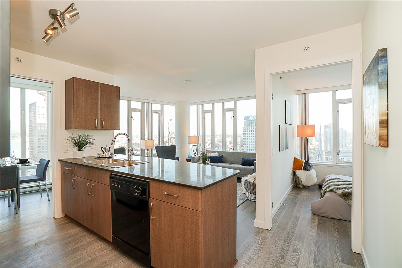 "Main Photo: 1810 610 GRANVILLE Street in Vancouver: Downtown VW Condo for sale in ""The Hudson"" (Vancouver West)  : MLS® # R2227120"