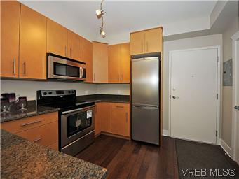 Photo 2: 302 21 Conard Street in : VR Hospital Condo Apartment for sale (View Royal)  : MLS(r) # 292393