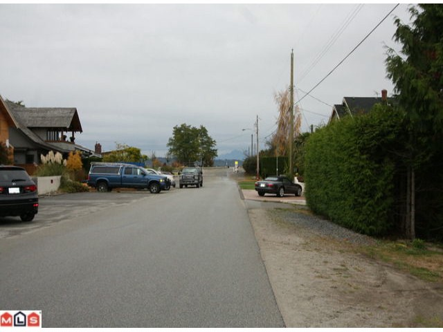 "Photo 4: 3068 MCBRIDE AV in Surrey: Crescent Bch Ocean Pk. House for sale in ""CRESCENT BEACH"" (South Surrey White Rock)  : MLS® # F1225339"
