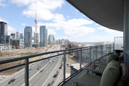 Photo 9: 7 38 Dan Leckie Way in Toronto: Waterfront Communities C1 Condo for sale (Toronto C01)  : MLS(r) # C2602663