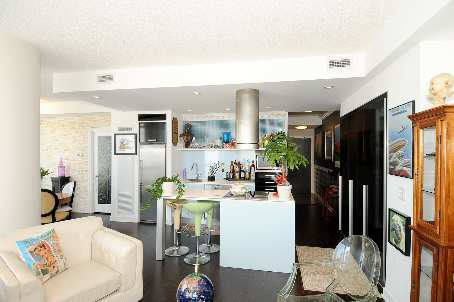 Photo 4: 7 38 Dan Leckie Way in Toronto: Waterfront Communities C1 Condo for sale (Toronto C01)  : MLS(r) # C2602663
