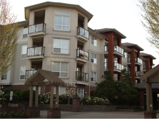 Main Photo: 205 20239 MICHAUD Crest in Langley: Langley City Condo for sale : MLS(r) # F1326980