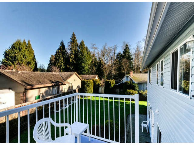 "Photo 17: 14253 18TH Avenue in Surrey: Sunnyside Park Surrey House for sale in ""OCEAN BLUFF ESTATES"" (South Surrey White Rock)  : MLS® # F1431478"