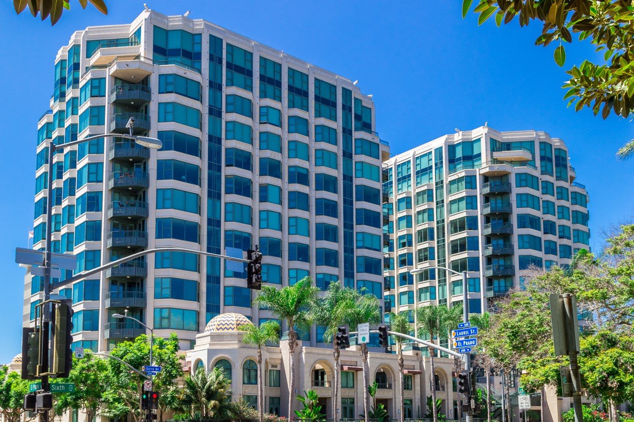 Photo 5: SAN DIEGO Condo for sale : 2 bedrooms : 2500 6th Avenue #506