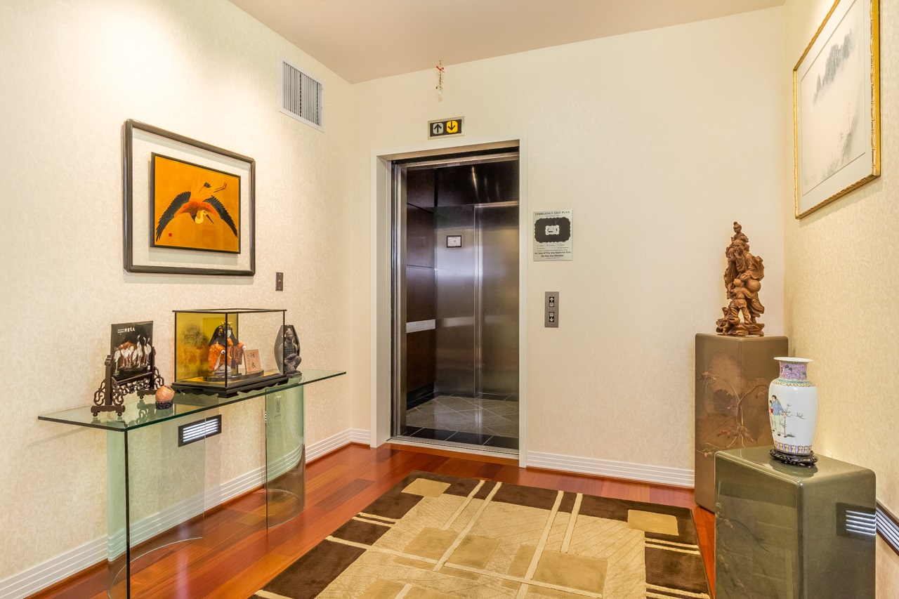 Private elevator lobby exclusive to your residence