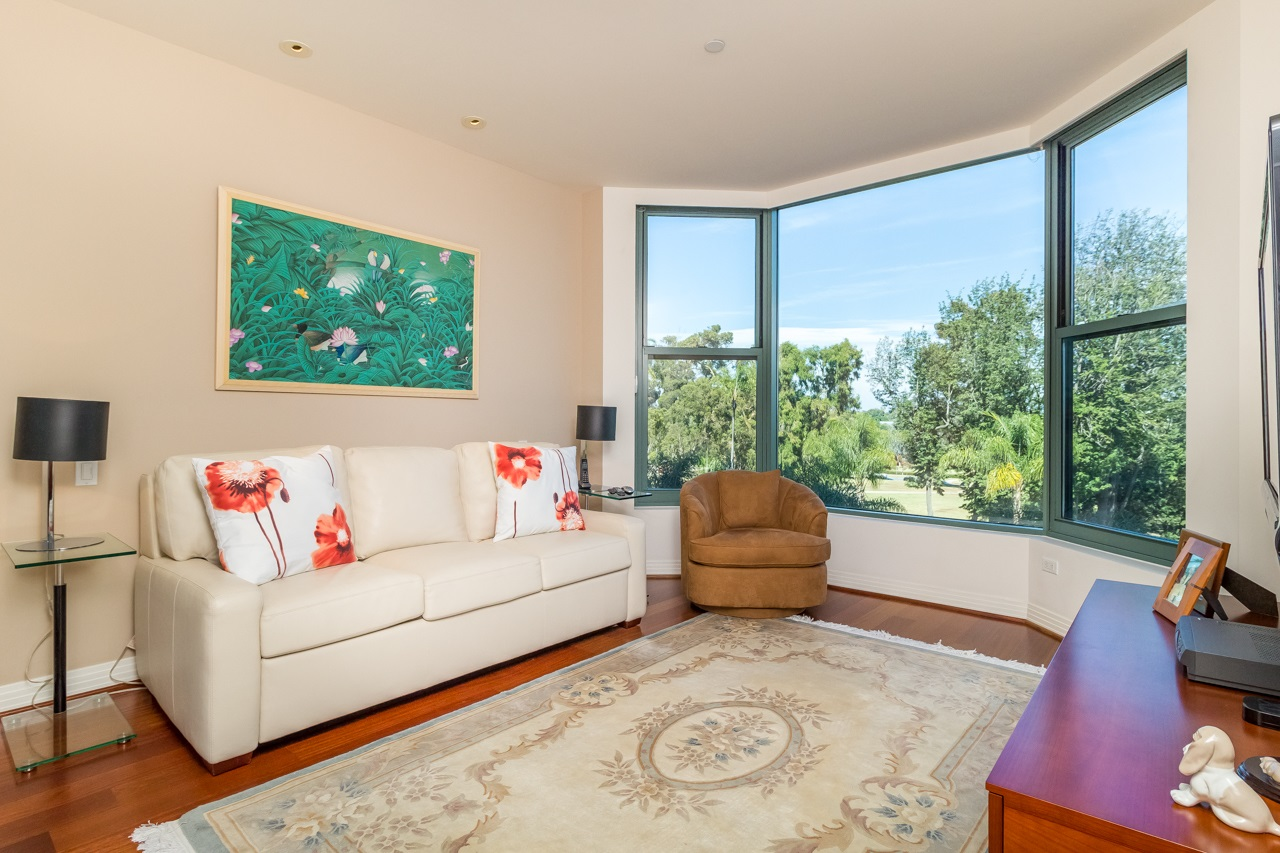 Photo 18: SAN DIEGO Condo for sale : 2 bedrooms : 2500 6th Avenue #506