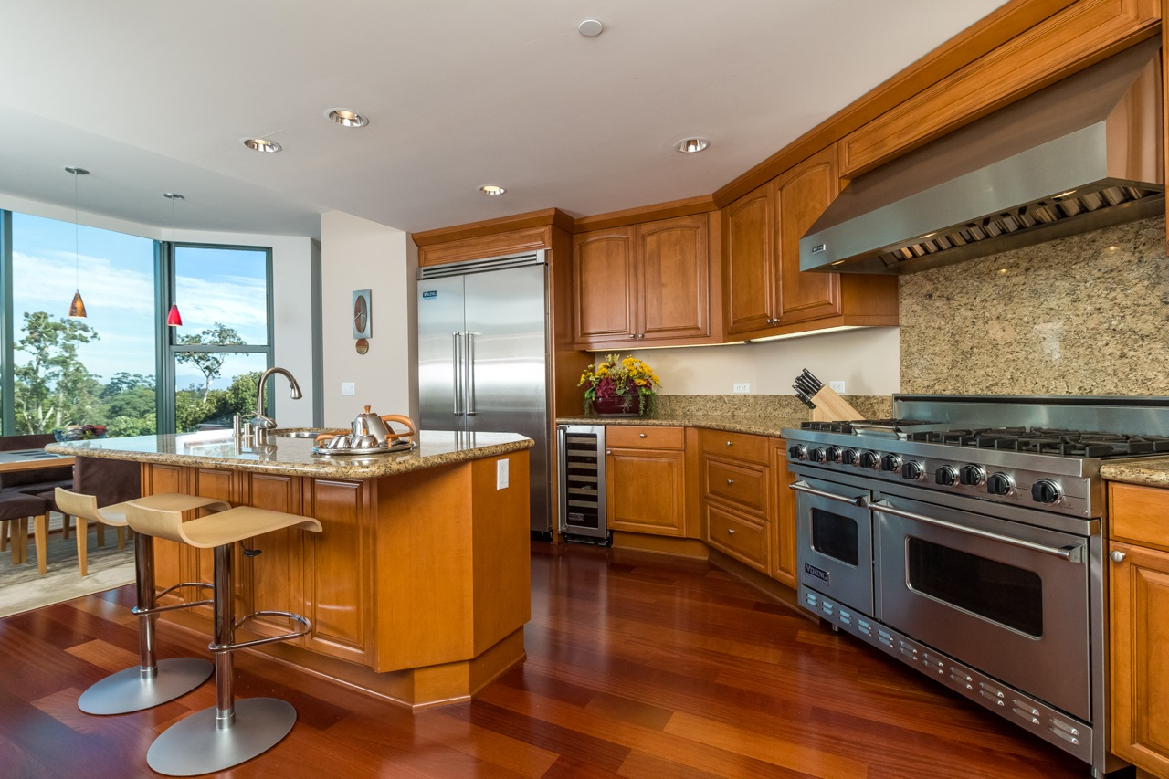 Photo 15: SAN DIEGO Condo for sale : 2 bedrooms : 2500 6th Avenue #506