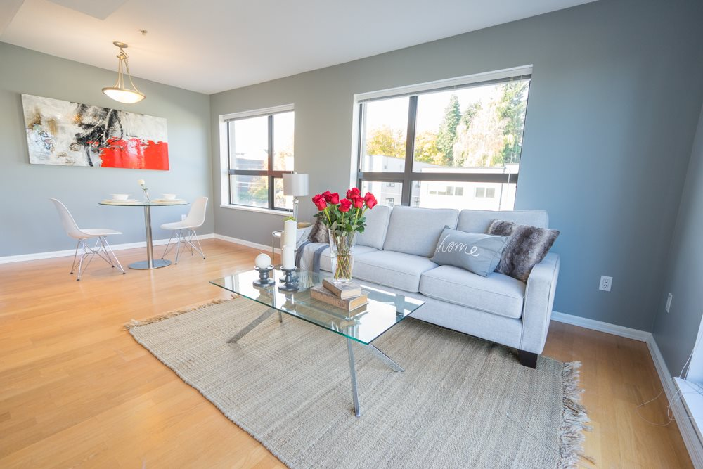"Main Photo: 407 997 W 22ND Avenue in Vancouver: Cambie Condo for sale in ""THE CRESCENT"" (Vancouver West)  : MLS(r) # R2011235"