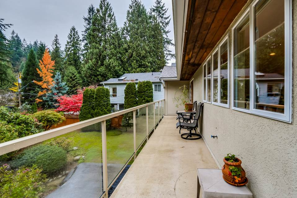 Photo 16: 1520 EDGEWATER Lane in North Vancouver: Seymour House for sale : MLS(r) # R2014059