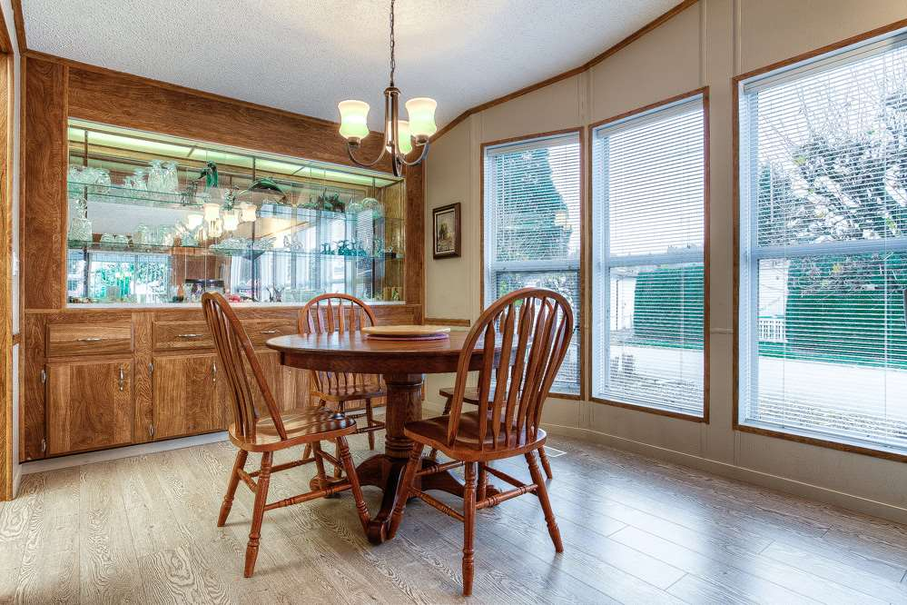 Photo 5: 28 145 KING EDWARD Street in Coquitlam: Maillardville Manufactured Home for sale : MLS® # R2014423