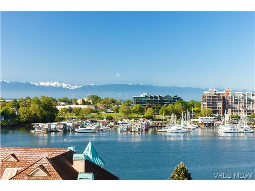Main Photo: 606 68 Songhees Road in VICTORIA: VW Songhees Condo Apartment for sale (Victoria West)  : MLS(r) # 364974