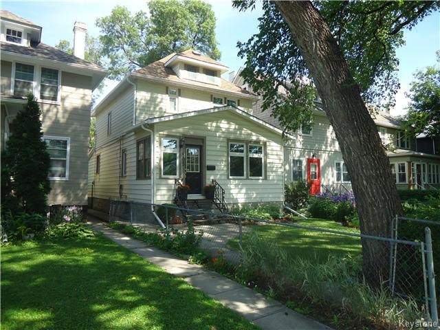 Main Photo: 805 Jessie Avenue in Winnipeg: Fort Rouge / Crescentwood / Riverview Residential for sale (South Winnipeg)  : MLS® # 1620474