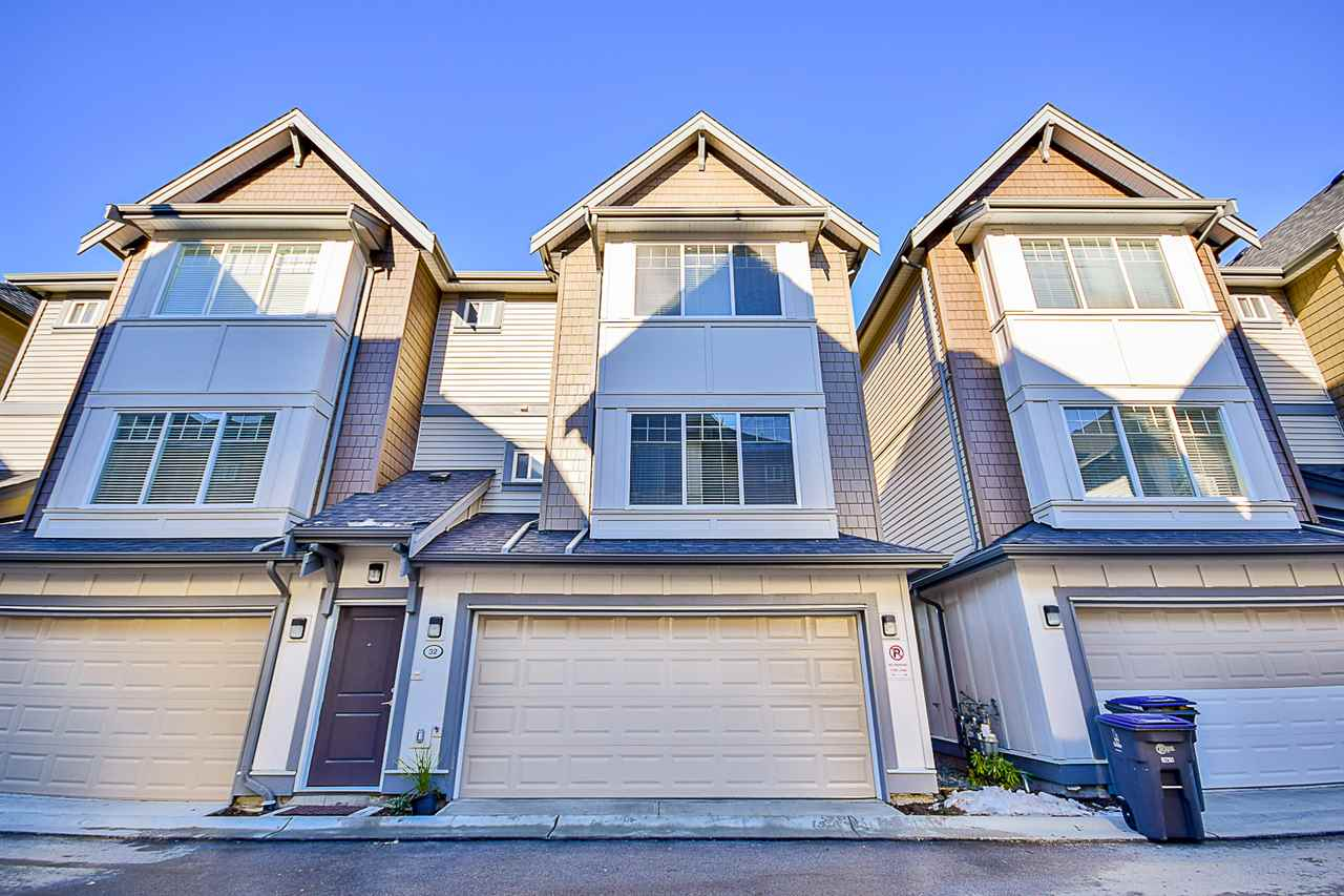 "Main Photo: 32 6971 122 Street in Surrey: West Newton Townhouse for sale in ""AURA"" : MLS®# R2130305"