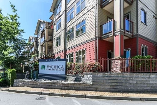 "Main Photo: 402 2511 KING GEORGE Boulevard in Surrey: King George Corridor Condo for sale in ""The Pacifica"" (South Surrey White Rock)  : MLS(r) # R2163537"