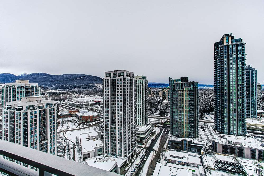 "Photo 10: 3004 2978 GLEN Drive in Coquitlam: North Coquitlam Condo for sale in ""GRAND CENTRAL"" : MLS(r) # R2166463"