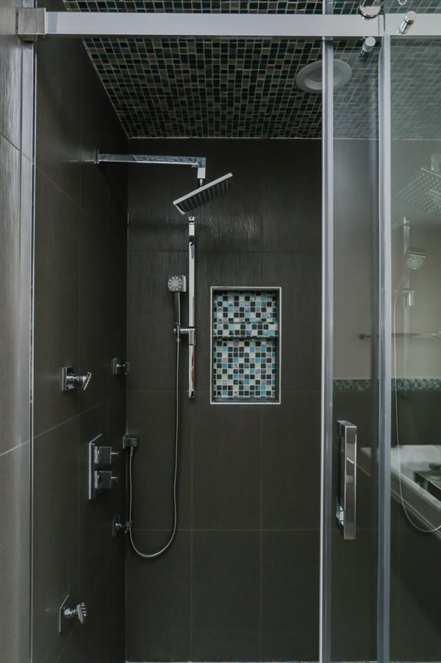 Custom Shower with double body jets /showers and custom tiled base
