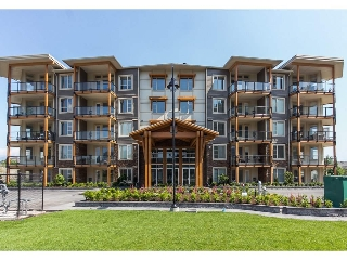 "Main Photo: 502 45750 KEITH WILSON Road in Chilliwack: Vedder S Watson-Promontory Condo for sale in ""Englewood Courtyard"" (Sardis)  : MLS® # R2174070"