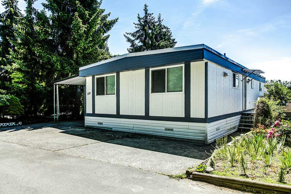 "Photo 16: 200 201 CAYER Street in Coquitlam: Maillardville Manufactured Home for sale in ""WILDWOOD PARK"" : MLS(r) # R2175279"