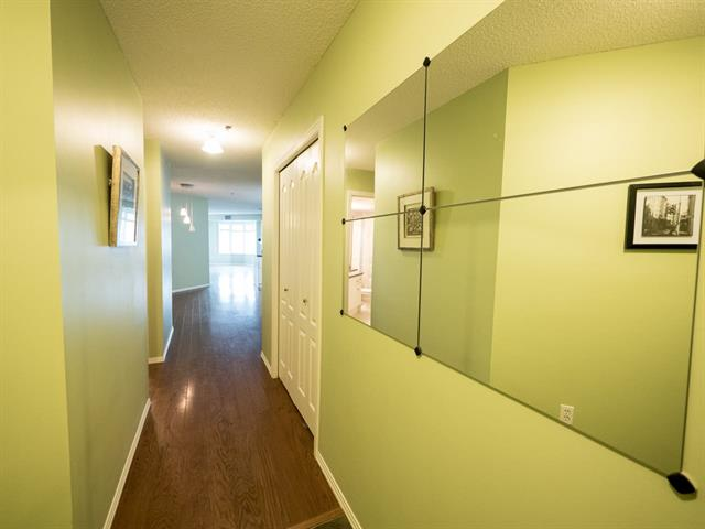 Photo 4: #202 9640 105 ST NW in Edmonton: Zone 12 Condo for sale : MLS(r) # E4055501