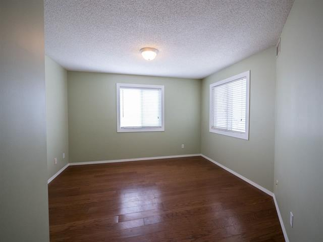 Photo 23: #202 9640 105 ST NW in Edmonton: Zone 12 Condo for sale : MLS(r) # E4055501