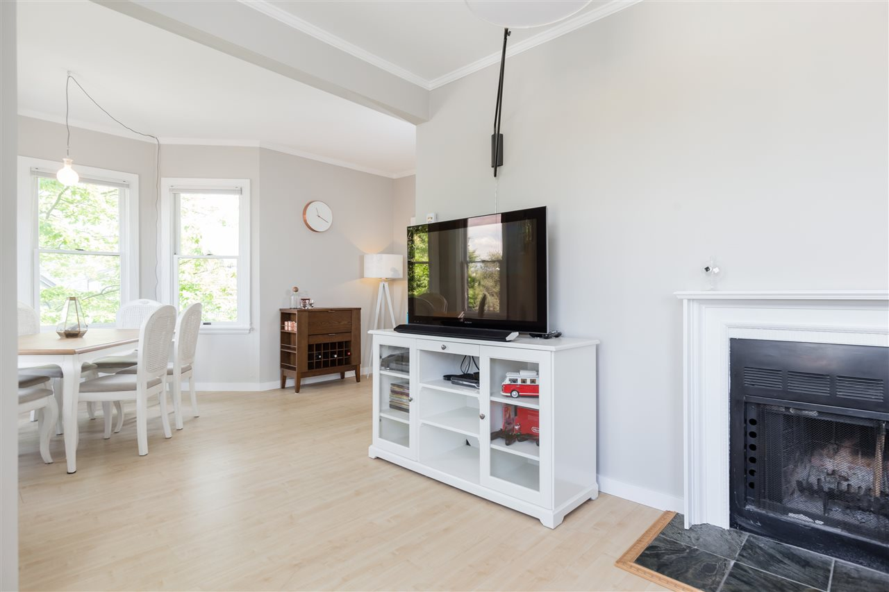 Photo 5: B 608 SALSBURY DRIVE in Vancouver: Hastings House 1/2 Duplex for sale (Vancouver East)  : MLS(r) # R2173913