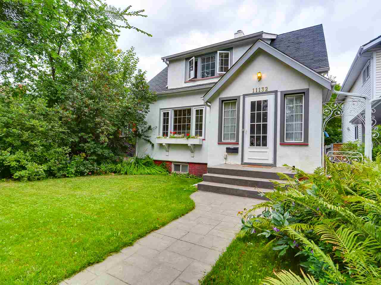 Main Photo: 11132 80 Avenue NW in Edmonton: Zone 15 House for sale : MLS® # E4075976