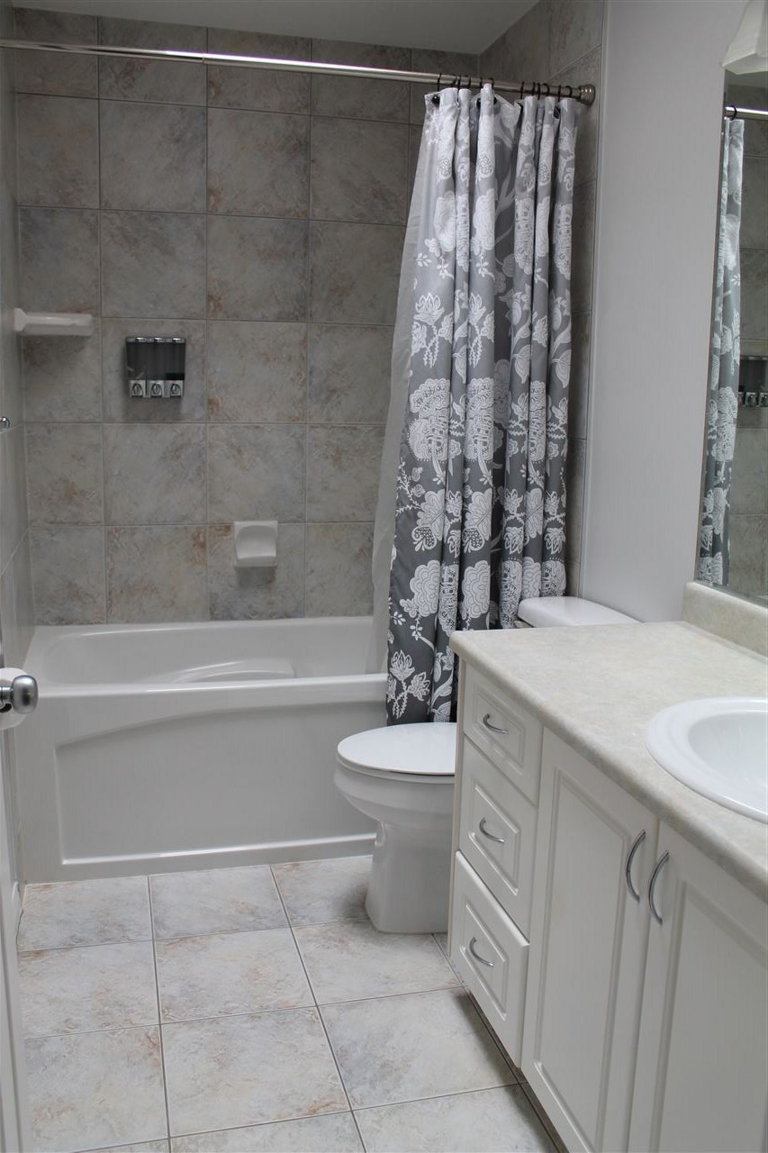 4 Piece Bathroom On The Upper Level