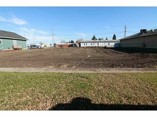 Main Photo: 5035 50 Street: Gibbons Vacant Lot for sale : MLS® # E4077047
