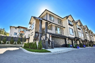 "Main Photo: 66 8570 204 Street in Langley: Willoughby Heights Townhouse for sale in ""Woodland Park"" : MLS® # R2202292"