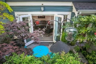Main Photo: 1969 W 12TH Avenue in Vancouver: Kitsilano Townhouse for sale (Vancouver West)  : MLS® # R2209004