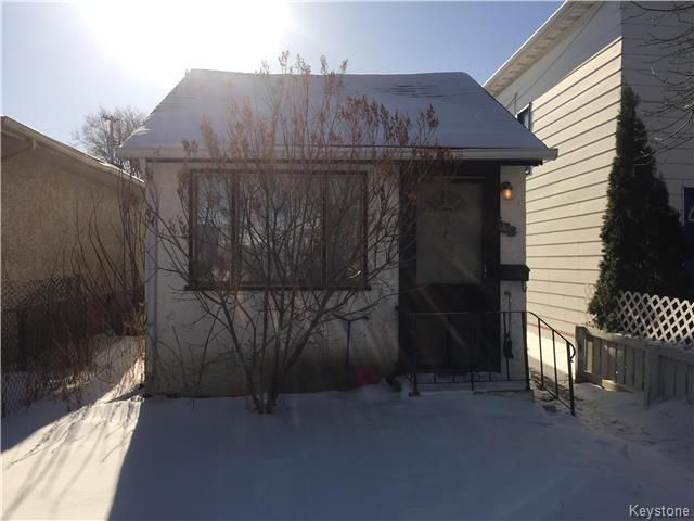 Main Photo: 538 Kavanagh Street in Winnipeg: St Boniface Residential for sale (2A)  : MLS®# 1802978