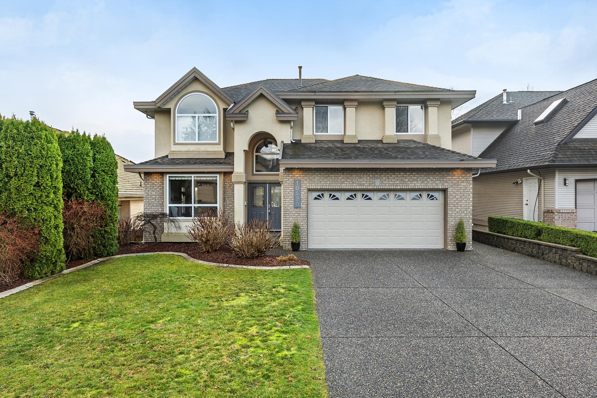 "Main Photo: 10420 TAMARACK Crescent in Maple Ridge: Albion House for sale in ""KANAKA RIDGE"" : MLS®# R2239218"