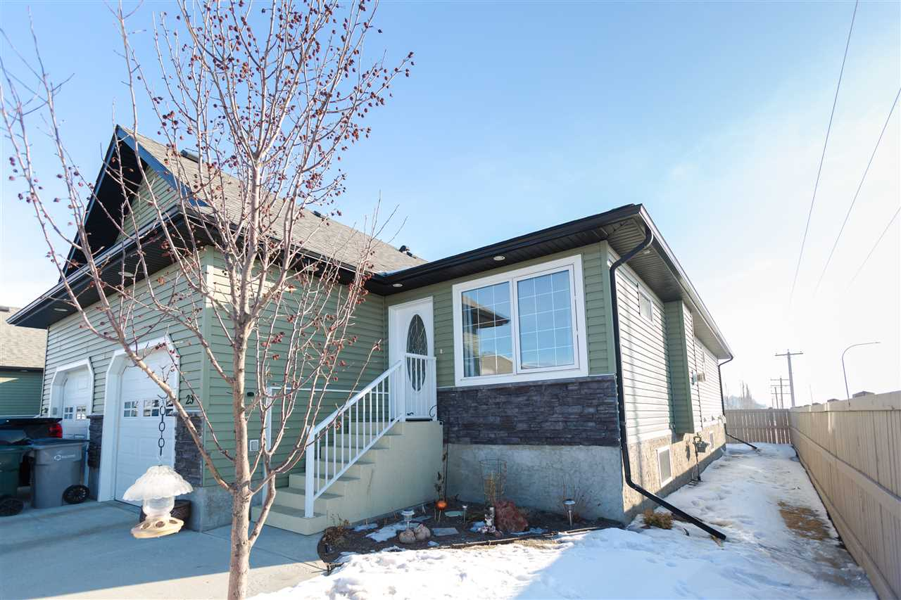 Main Photo: 23 Willow Wood Court: Stony Plain House Half Duplex for sale : MLS® # E4100399