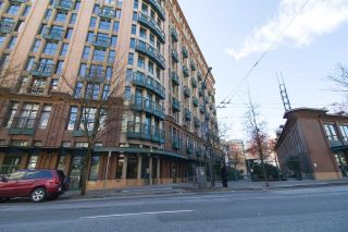 "Main Photo: 216 22 E CORDOVA Street in Vancouver: Downtown VE Condo for sale in ""THE VAN HORNE"" (Vancouver East)  : MLS®# R2258334"