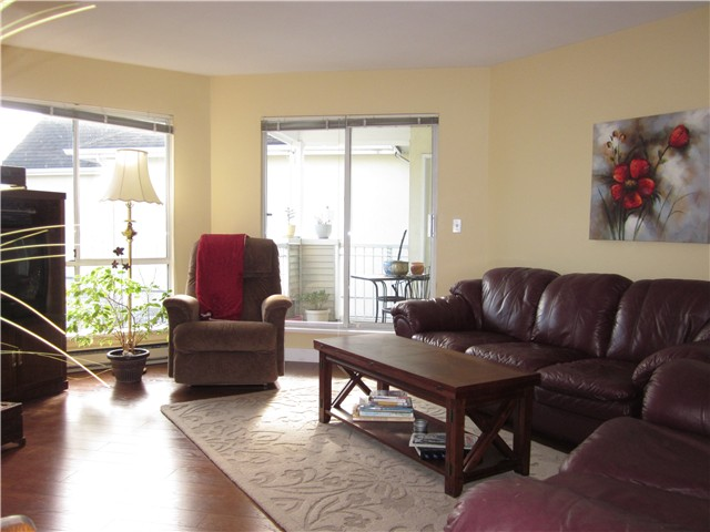 "Photo 10: Photos: 322 7437 MOFFATT Road in Richmond: Brighouse South Condo for sale in ""COLONY BAY NORTH"" : MLS(r) # V870084"