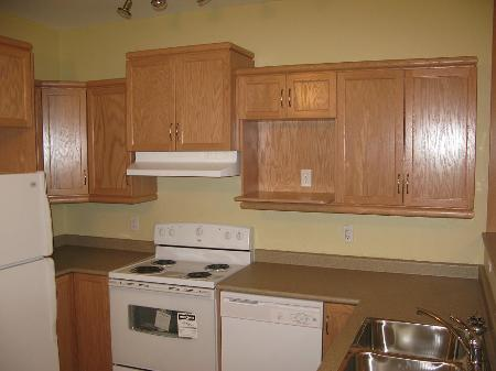 Photo 2: Photos: 585 WALKER AVE in WINNIPEG: Residential for sale (Fort Rouge)  : MLS® # 2902836