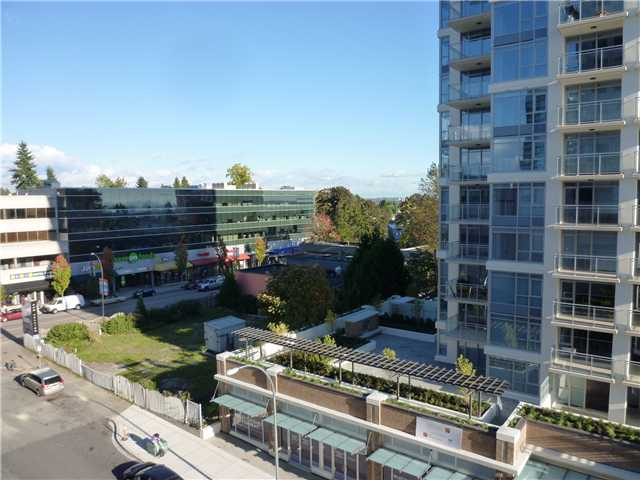 "Photo 10: 615 615 BELMONT Street in New Westminster: Uptown NW Condo for sale in ""BELMONT TOWER"" : MLS® # V1031603"